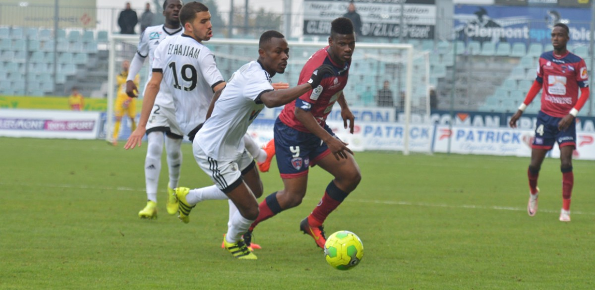 clermont amiens le r sum vid o clermont foot 63. Black Bedroom Furniture Sets. Home Design Ideas