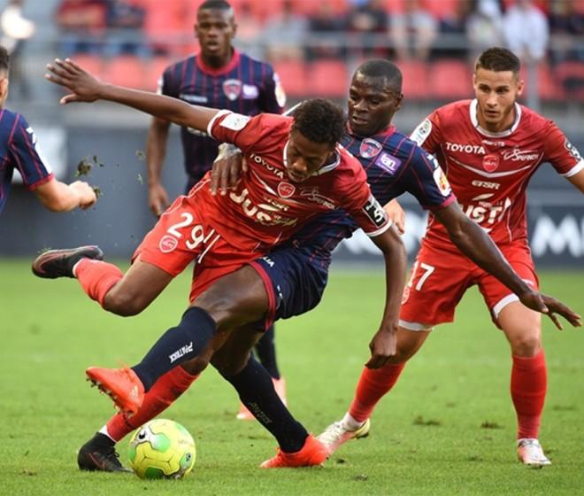 VAFC - Clermont: 2-0
